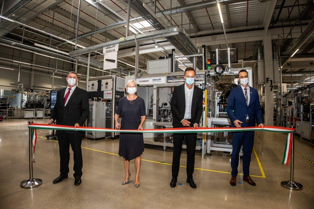 Új gyártócsarnokot adott át a Bosch Miskolcon